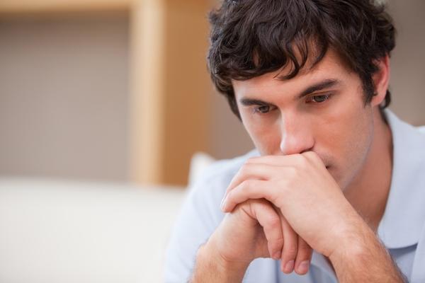 мужчина фото грустный