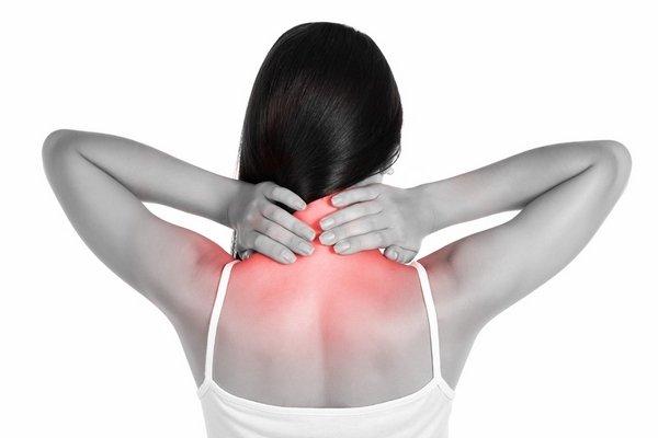 Может ли болеть живот при грудном остеохондрозе