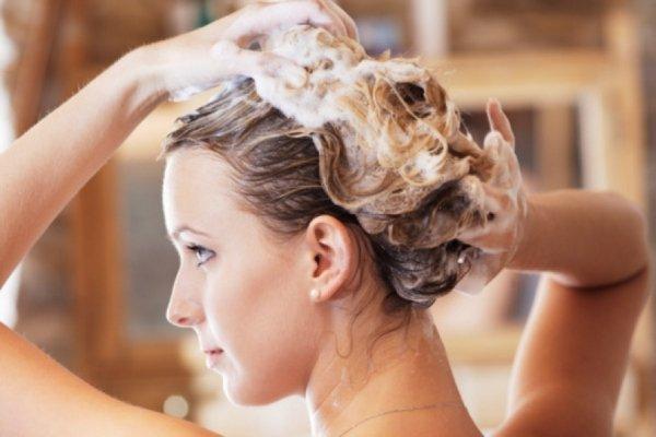 Как и чем правильно мыть голову? Как часто нужно мыть волосы?