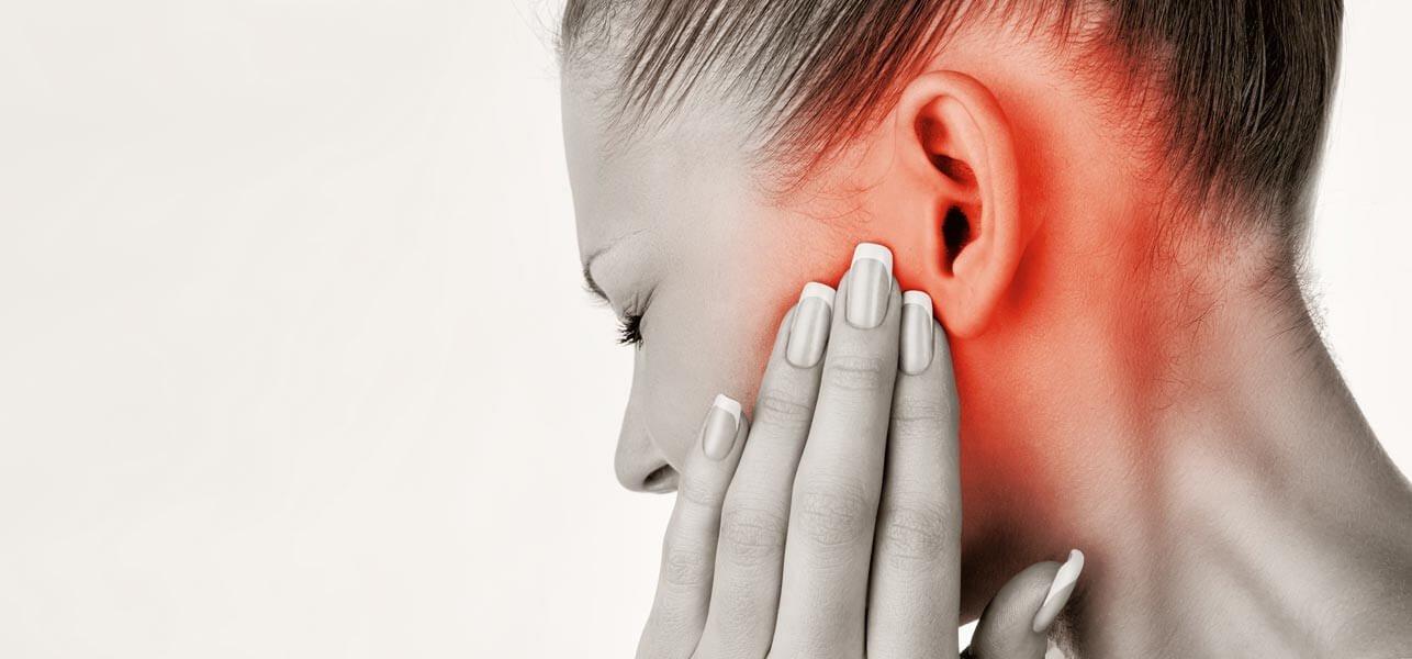 Боль в ухе у взрослого что делать в домашних условиях