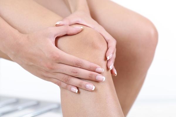 Болит колено при сгибании и разгибании: причины, лечение, диагностика