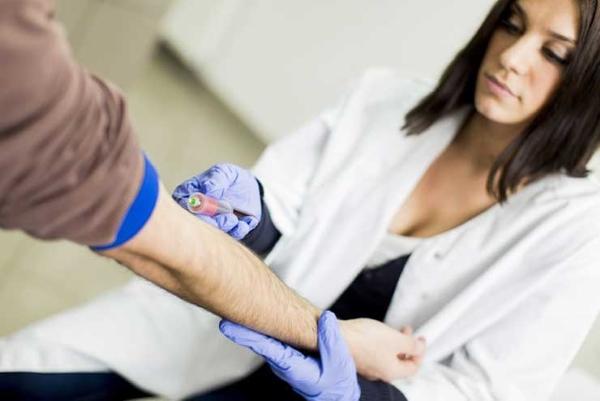 Взятие крови на сифилис