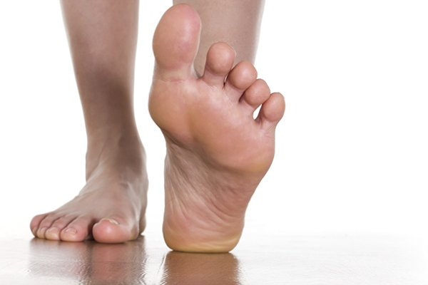 болит сустав на большом пальце ноги чем лечить