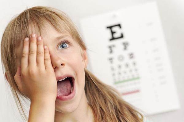 Симптомы гиперметропии у детей