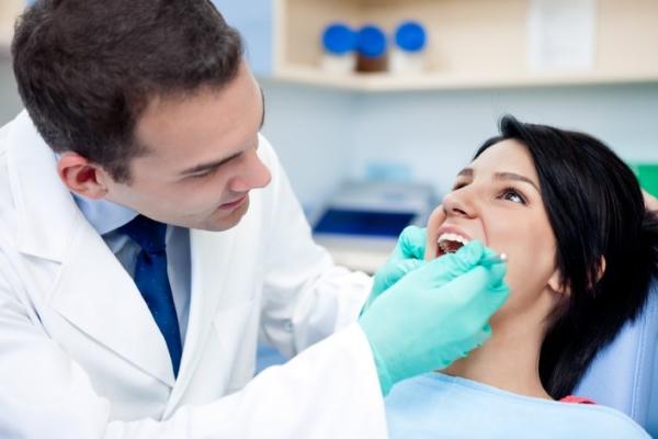 Стоматологические манипуляции