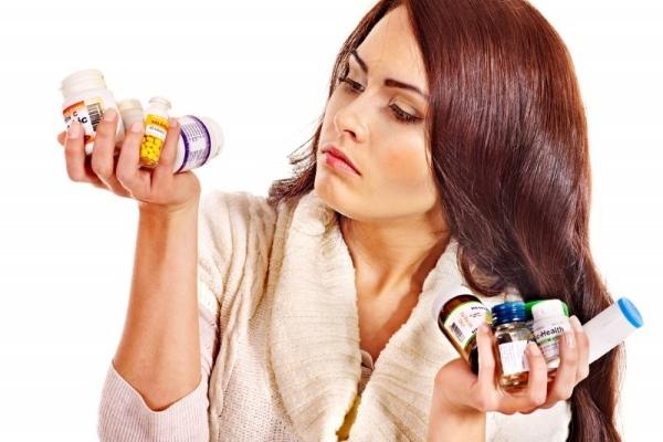 Какими препаратами лечить простуду и насморк