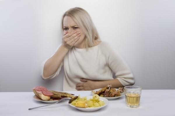 Изжога после жирной пищи