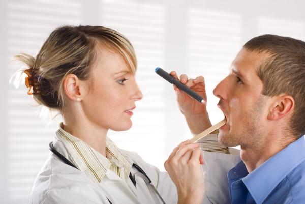 Выяснение причины жжения во рту