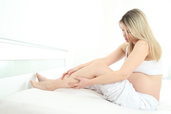 Отеки при беременности: причины и как избавиться