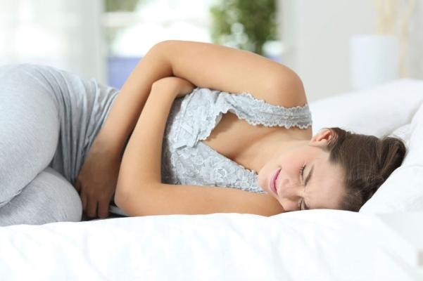 боли в области живота у женщин
