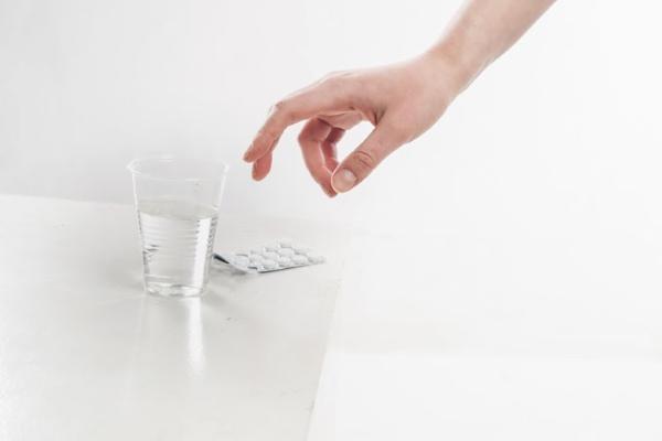 Прием таблеток «Метронидазола»