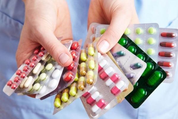 Препараты от прыщей на десне