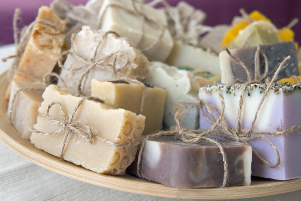 Дегтярное мыло при псориазе: как пользоваться хозяйственным мылом