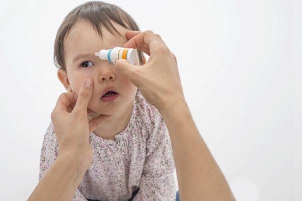 Глазные капли при конъюнктивите для детей